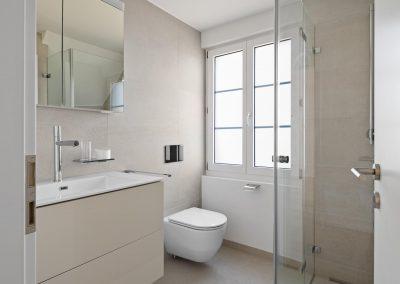 Nasszelle mit WC & Dusche